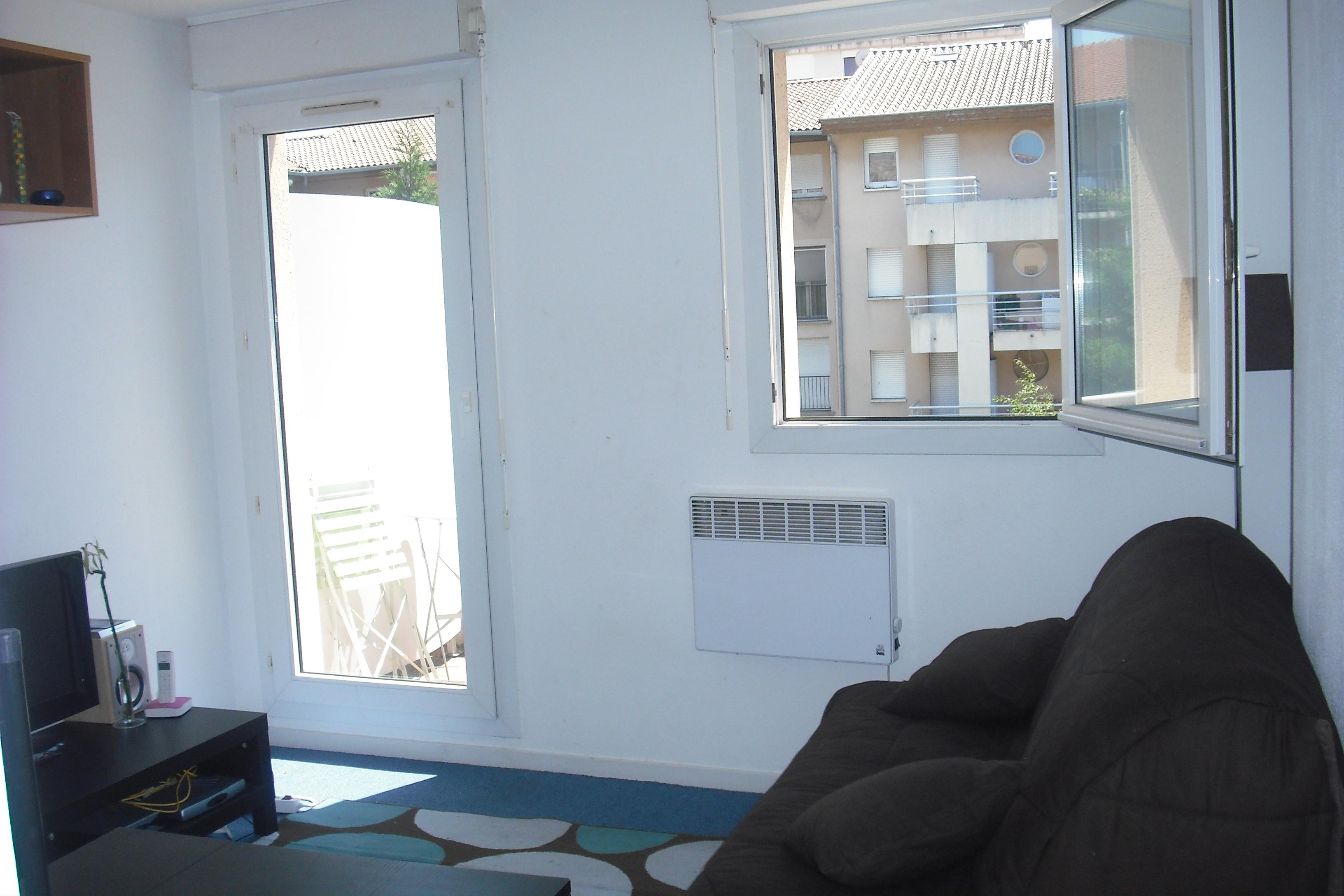 studios toulouse site de particuliers photos. Black Bedroom Furniture Sets. Home Design Ideas